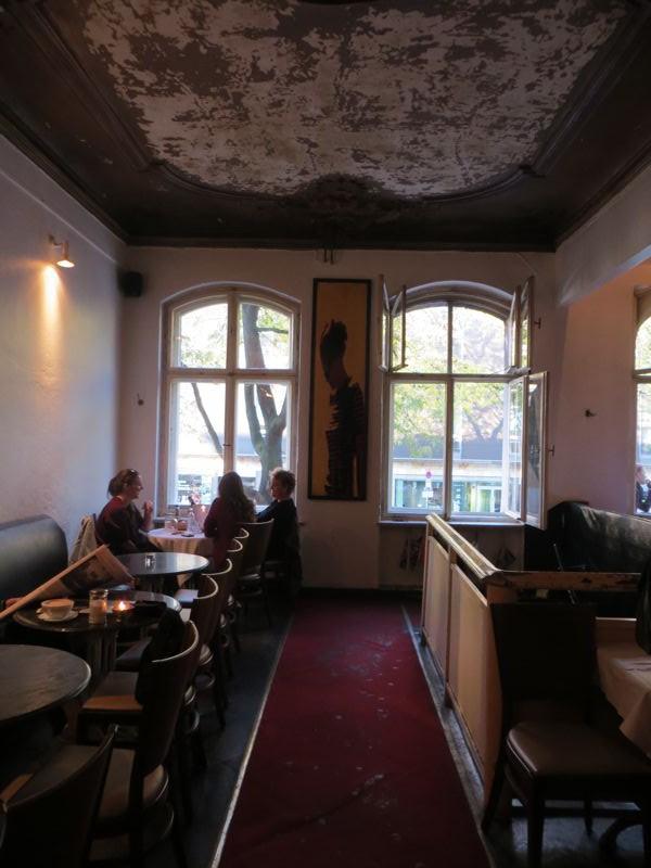 schwarzes-cafe