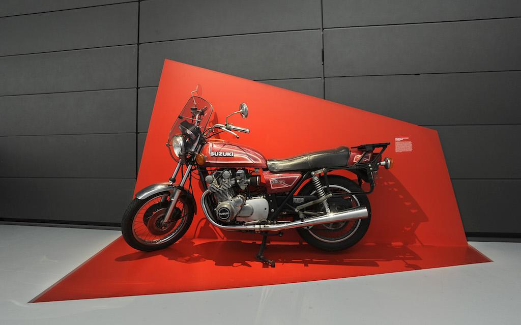 01_Taetermotorrad