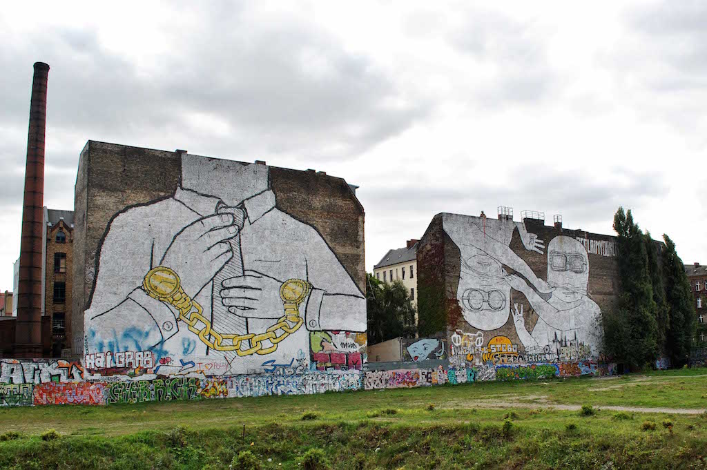 Street-Art-In-Berlin-BLU-4