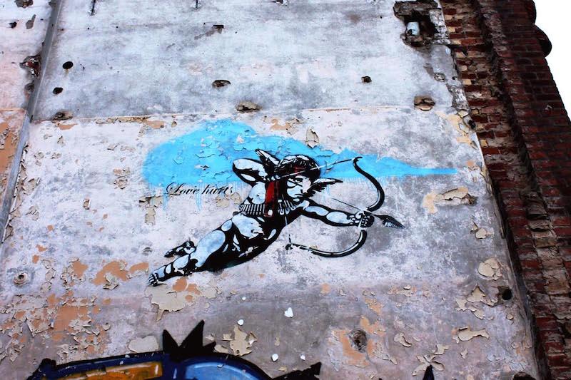 Dolk_Love_Hurts_LA54_Photo_Street_Art_Berlin_1