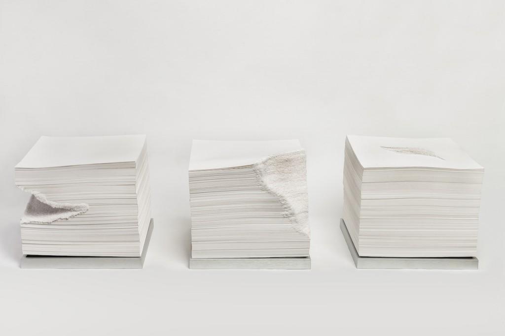 增减系列三件 纸 31x31x27cm 2015